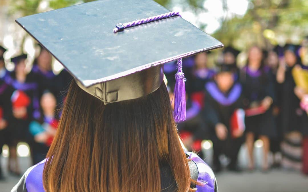 4 ways churches can help prepare students for college